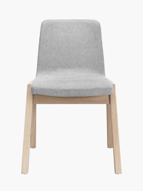 Cadeira em carvalho